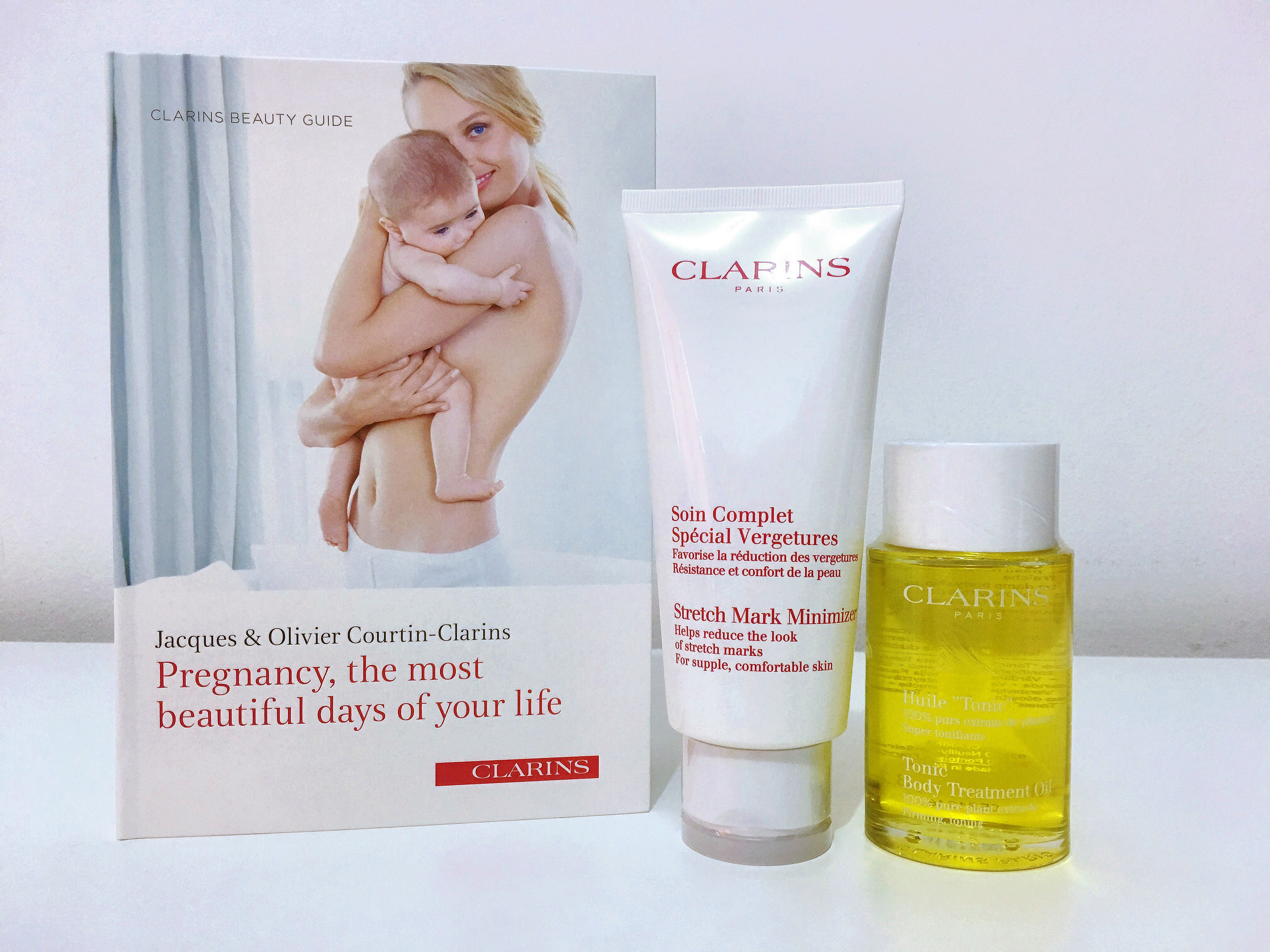 Clarins by Clarins [ Pyungkang Yul ] Essence Toner 200ml with 2 Pyunkang Yul Skincare Sample Kits.