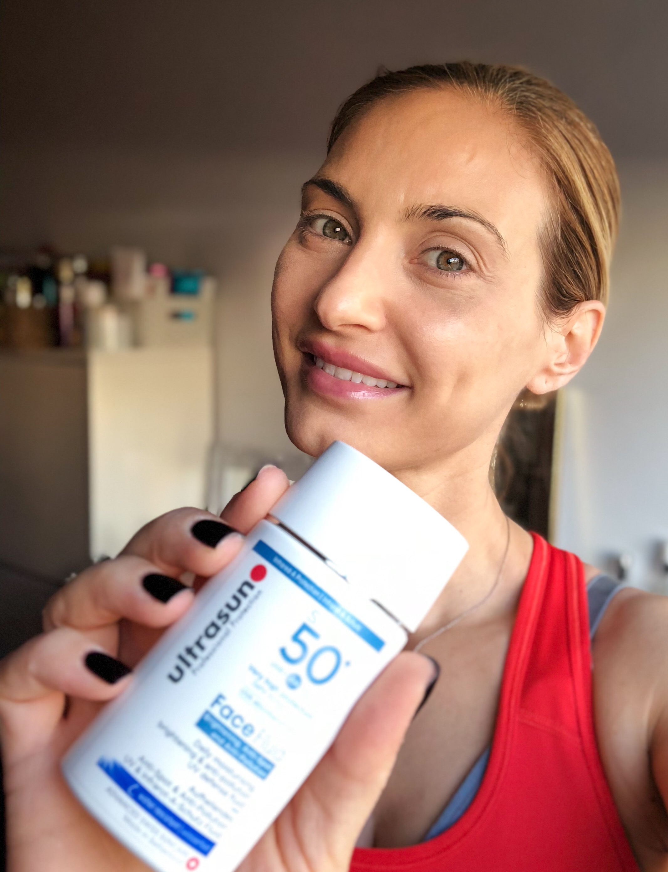Ultrasun Daily Face Fluid Antipollution SPF 50+ - Secrets In Beauty