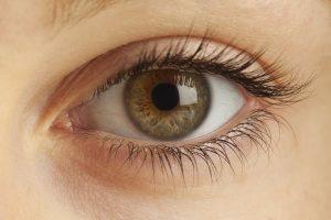 Natural Eyelashes with Revitalash